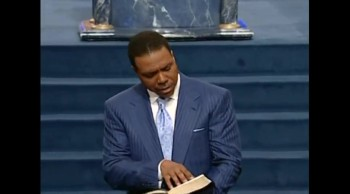 Creflo Dollar – The Power of The Cross 10