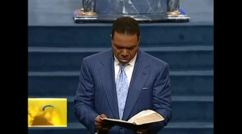 Creflo Dollar - The Power of The Cross 12