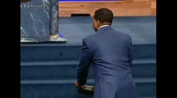 Creflo Dollar - The Power of The Cross 11