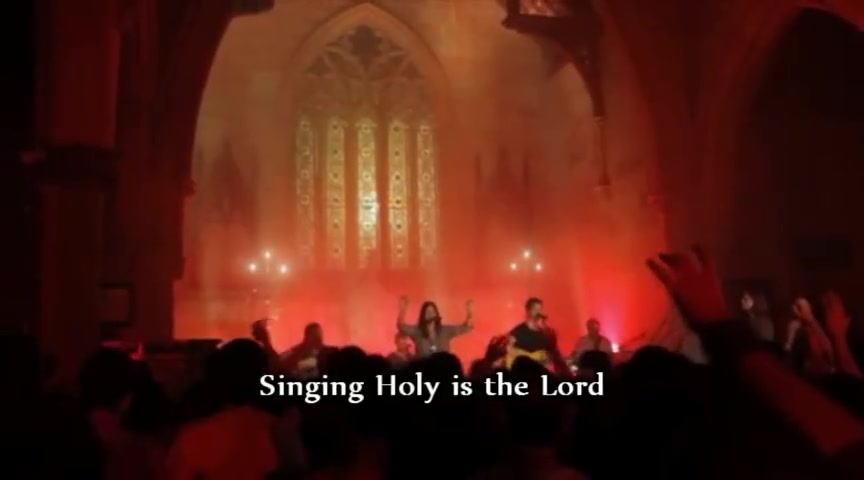Hillsong Chapel - His Glory Appears (Live Performance)