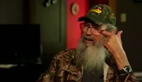 Behind the Scenes with Si Robertson - VeggieTales: Merry Larry