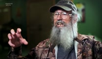 Pack A Shoebox with Uncle Si