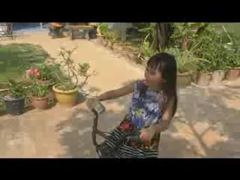 Mary 2-Wheeling