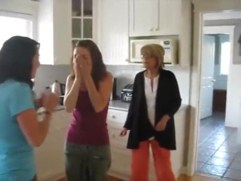 This May be the BEST Reaction to a Pregnancy Announcement Ever :)