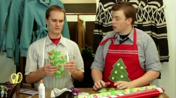 How to Wrap Presents--Explained by Kids, Acted out by Adults--So funny!