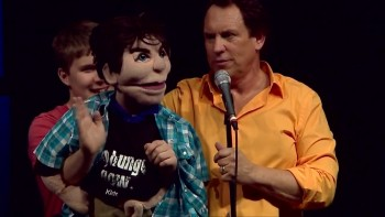 What does a performer from Second City Chicago look like with a puppet?