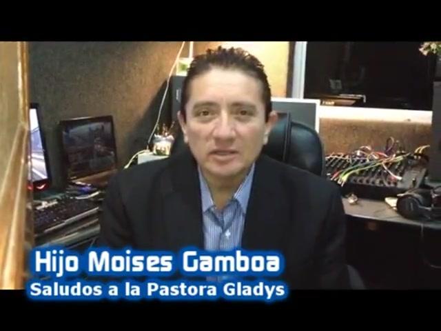 Homenaje a la pastora Gladys Uribe Osorio
