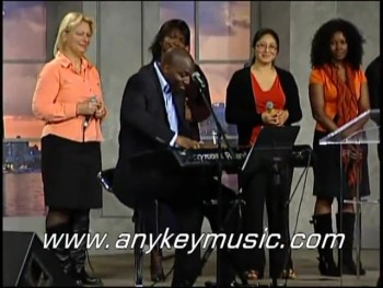 """""""AMAZING GRACE"""" - PLAYED 10 DIFFERENT WAYS by Robert Chambers - WOW"""
