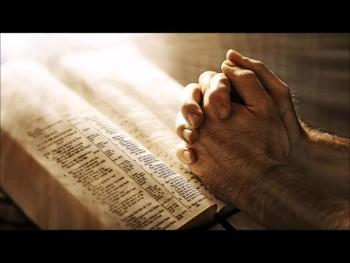 "Serita Jakes: ""Make a determined effort to pray when you feel like complaining."" (The Prayer Motivator Minute #501)"