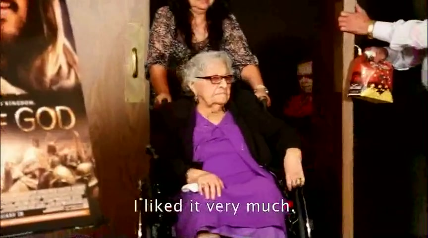 100-year-old Women Attends a Theater for the 1st Time