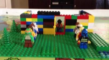 i like to move it lego style