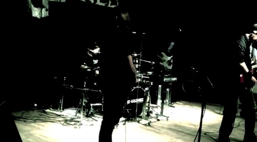 CHAINED - Steady Rock (live)