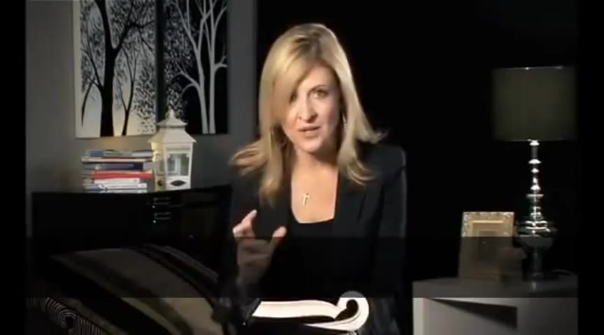 Darlene Zschech blesses Aline Barros
