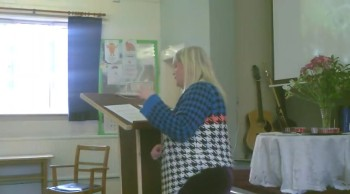 Pastor Amanda Munro - Gossip