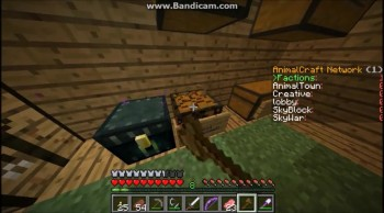 Minecraft raiding a small but good base part 2