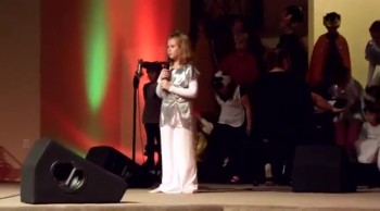 Kids Christmas Program & 9 yr old sings 'Silent Night'