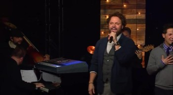 Gaither Vocal Band - Heaven Came Down
