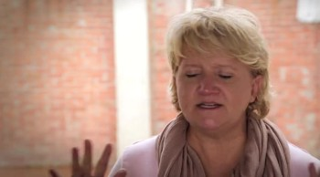 Why was Chonda Pierce in Colombia?