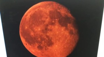 """""""Blood Moon"""" 1 Hour Late And Blood Red """"Prophecy Alert"""""""