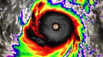 """Super Typhoon Soudelor Massive Hapan"