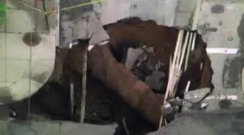 """BREAKING: """"Massive Sinkhole In Brooklyn, New York"""""""