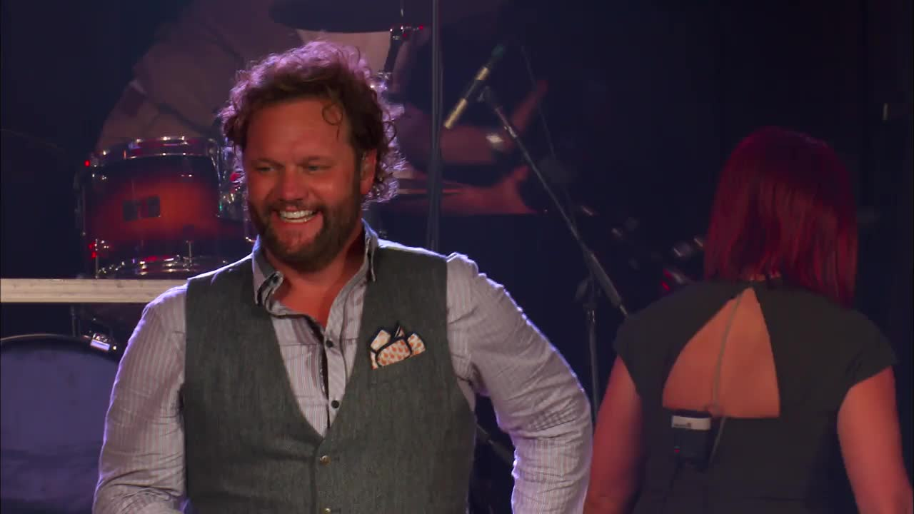 David Phelps - Ain't No Grave