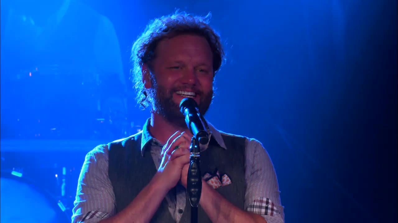 David Phelps - Holy (Sanctus) / Holy, Holy, Holy (Medley)