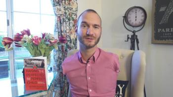 Nick Vujicic Talks About Meeting the Doctor Who Delivered Him