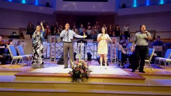 How Great Is Our God- Chris Tomlin, Aloma Church, 3/13/16
