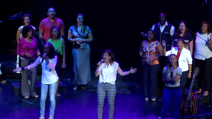 Victor's Crown - POWERFUL Worship From BART+TRICIA