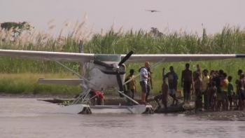 Samaritan Aviation - Mark Palm & Sir Michael Somare of PNG