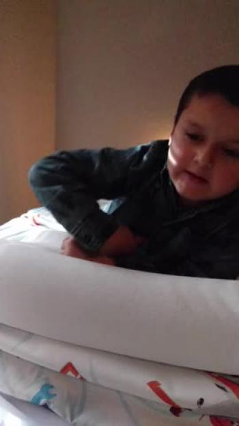 5 year old recites Psalm 23
