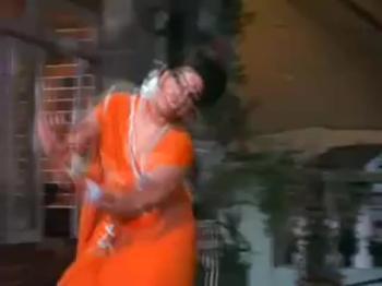 Do Raaste - Bindiya Chamkegi Chudi Khankegi