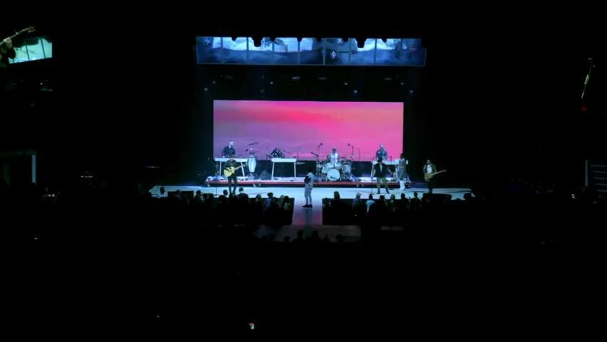 TobyMac - Beyond Me (Live)