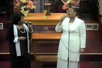 Evangelists Nadine Hine and Roselle Williams duet