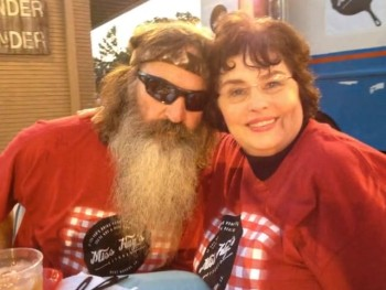 Duck Dynasty Phil and Kay's Anniversary Slideshow - 'You Have Each Other'