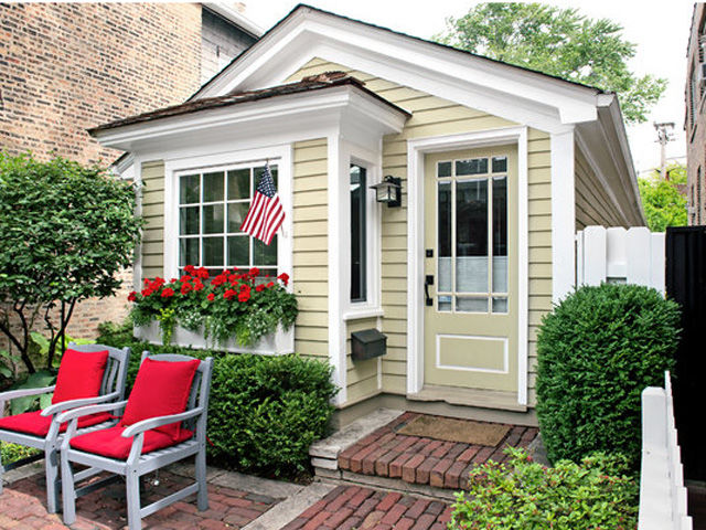 These 12 amazing granny pod ideas make a charming addition for Granny pod builders