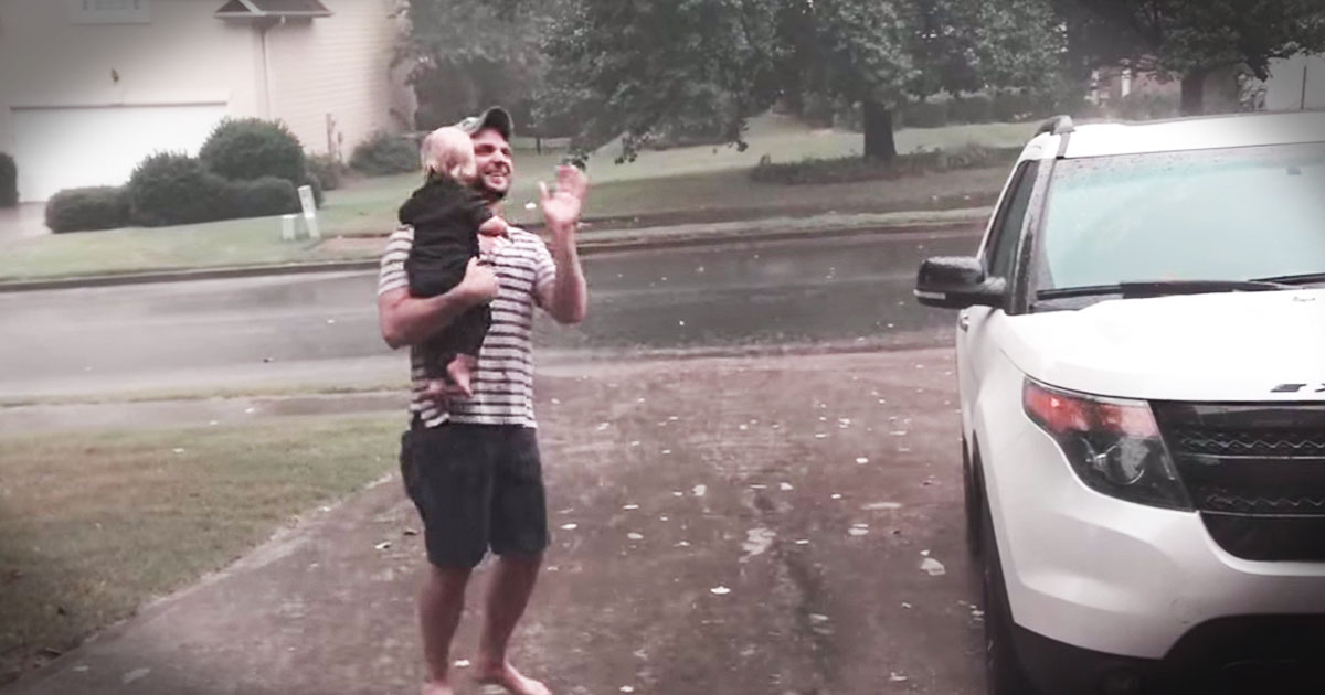 She Got To Play In The Rain For The Very First Time, And It'll Make Your Day