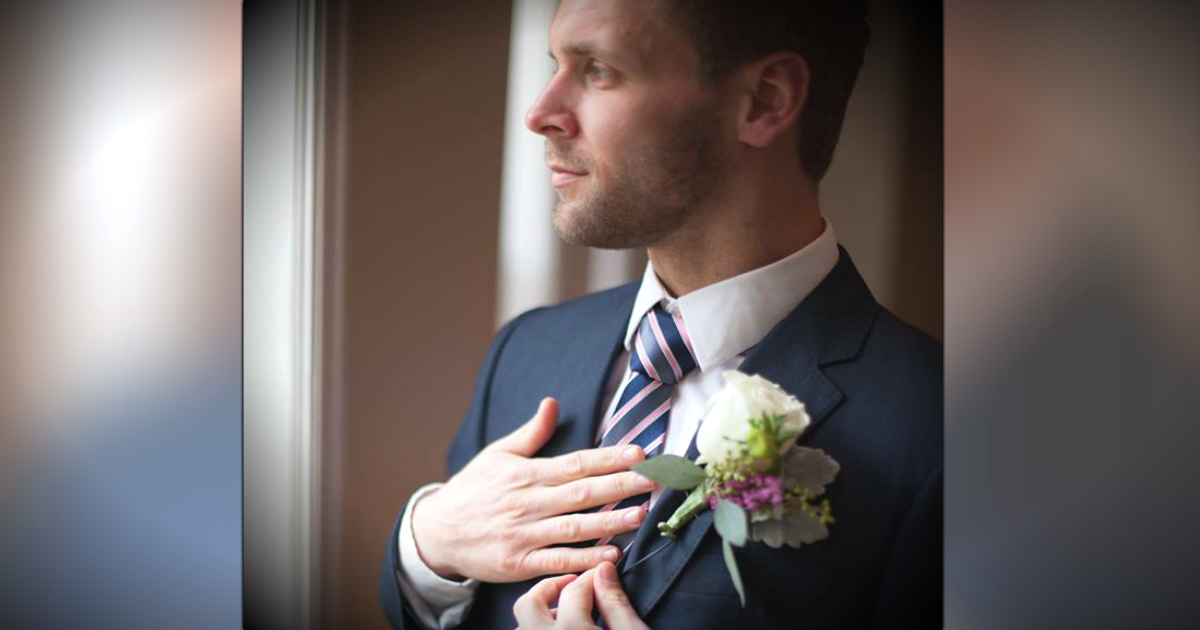Groom's Tie Brings Back A Powerful Memory From His Bride's Past