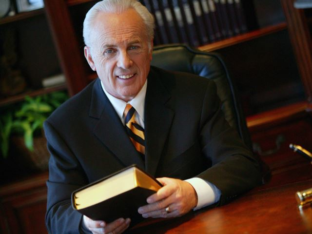 Grace to You Weekend with John MacArthur